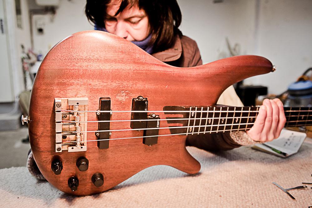 Carole Ruiz, luthière